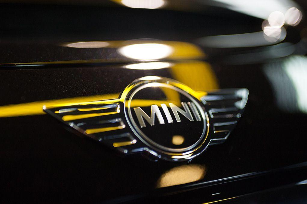 automotion-emblem-zeeuwse-pixels-studio-bedrijfsfotografie-mini