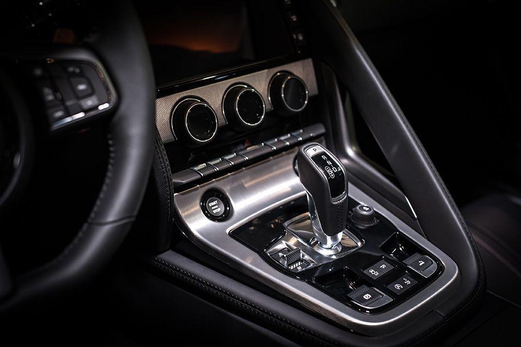 automotion-interior-zeeuwse-pixels-studio-bedrijfsfotografie-jaguar