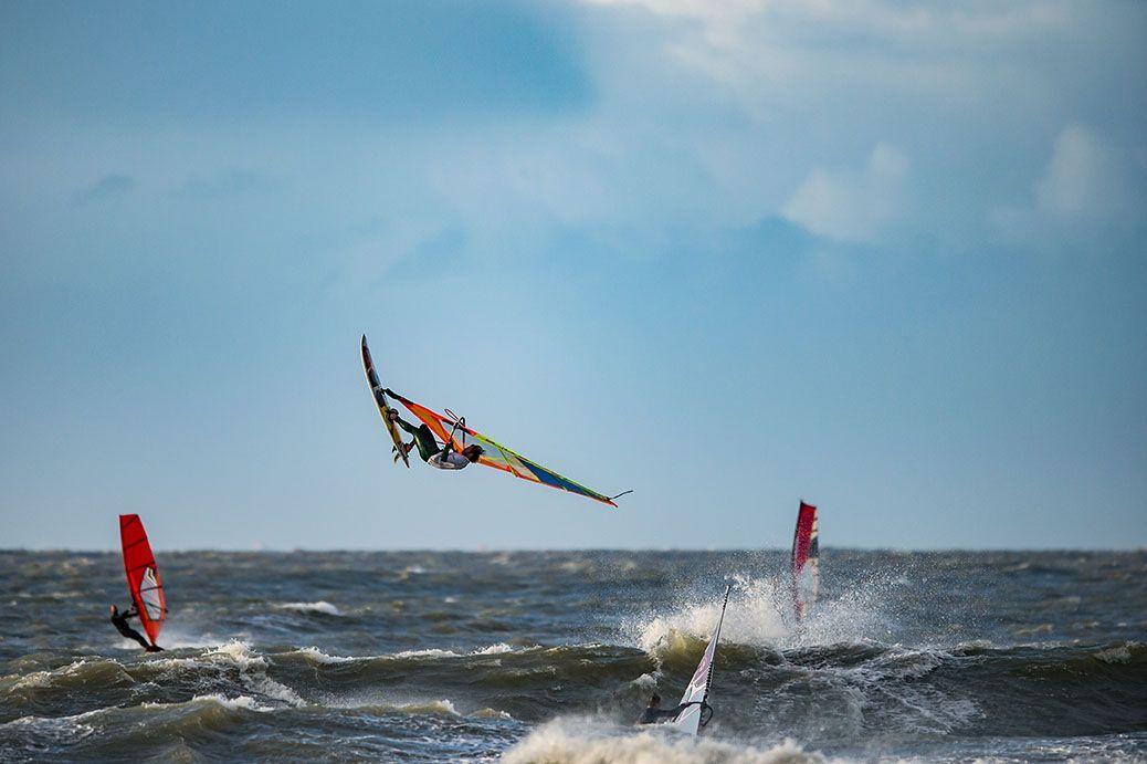 Rinaldo-Lokers-Zeeuwse-Pixels-windsurf-waves-domburg-1