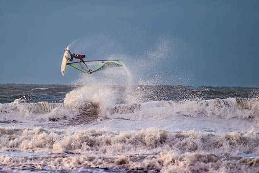 Rinaldo-Lokers-Zeeuwse-Pixels-windsurf-waves-domburg-6